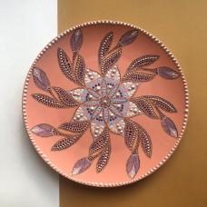 Тарелка с точечной росписью персиковая