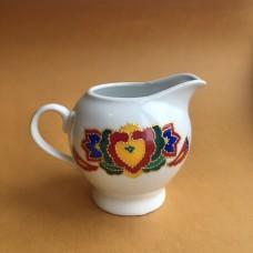 Молочник татарский с орнаментом
