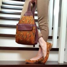 Рюкзак кожаный с шелковой вышивкой