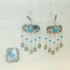 Серьги серебряные (с голубым камнем)