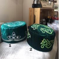 Тюбетейка зеленая с вышивкой 56